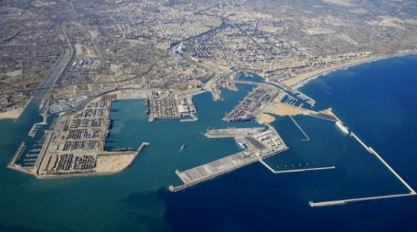 17. Valencia Port Authority approves specifications for new container terminal